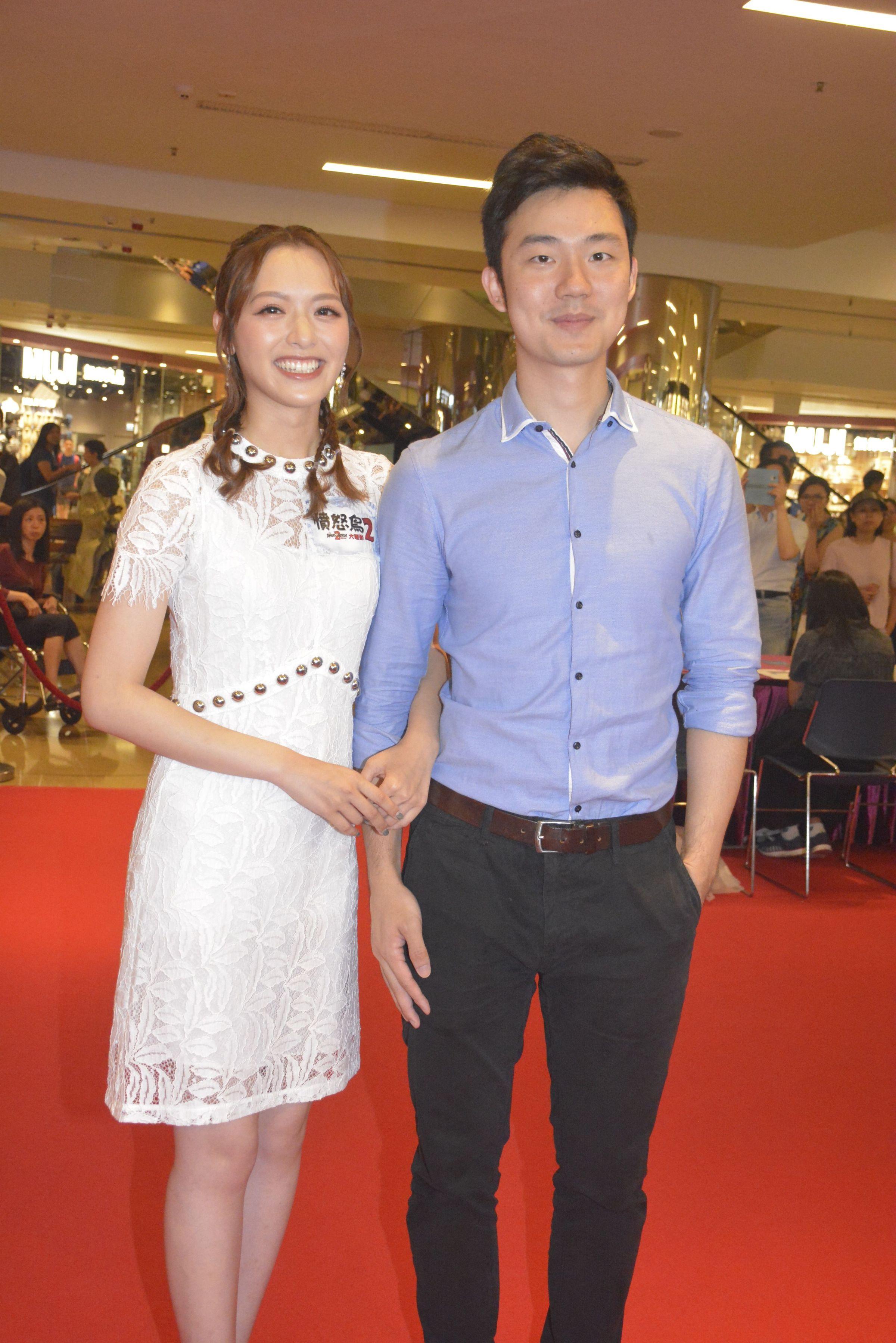 盈盈和醫生男友鍾文浩感情穩定,日前更同居。
