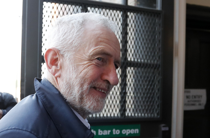 郝爾彬被特朗普批評後,指對方干預英國選舉。AP