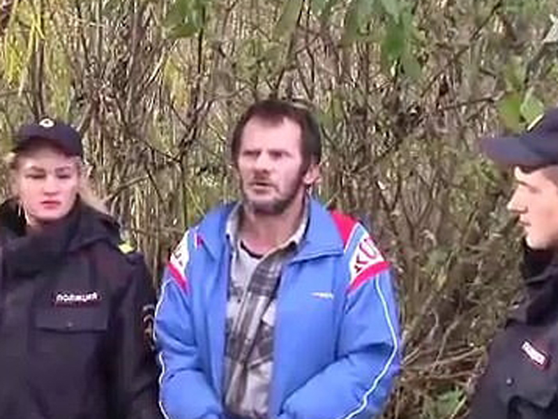 灌酒後刺死三朋友, 51歲食人魔分屍啃食剩骨頭棄河。(網圖)
