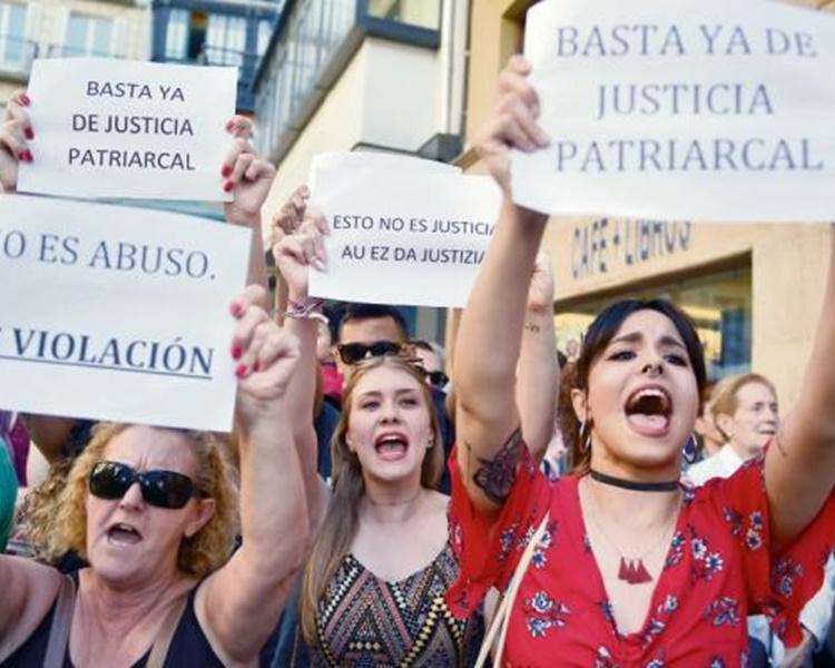 事件觸發民眾抗議。網圖
