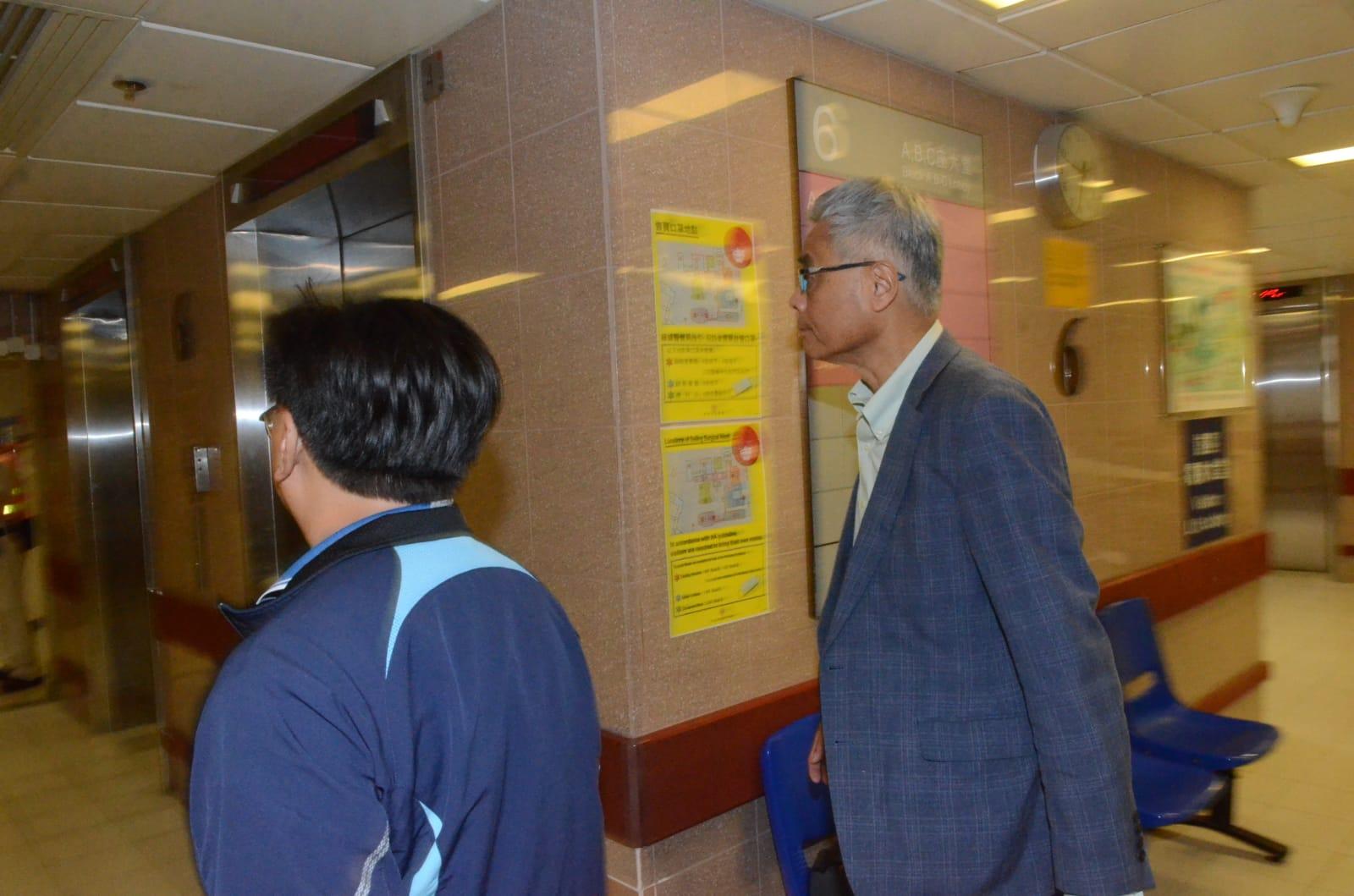 科大校長到醫院探望受傷學生。