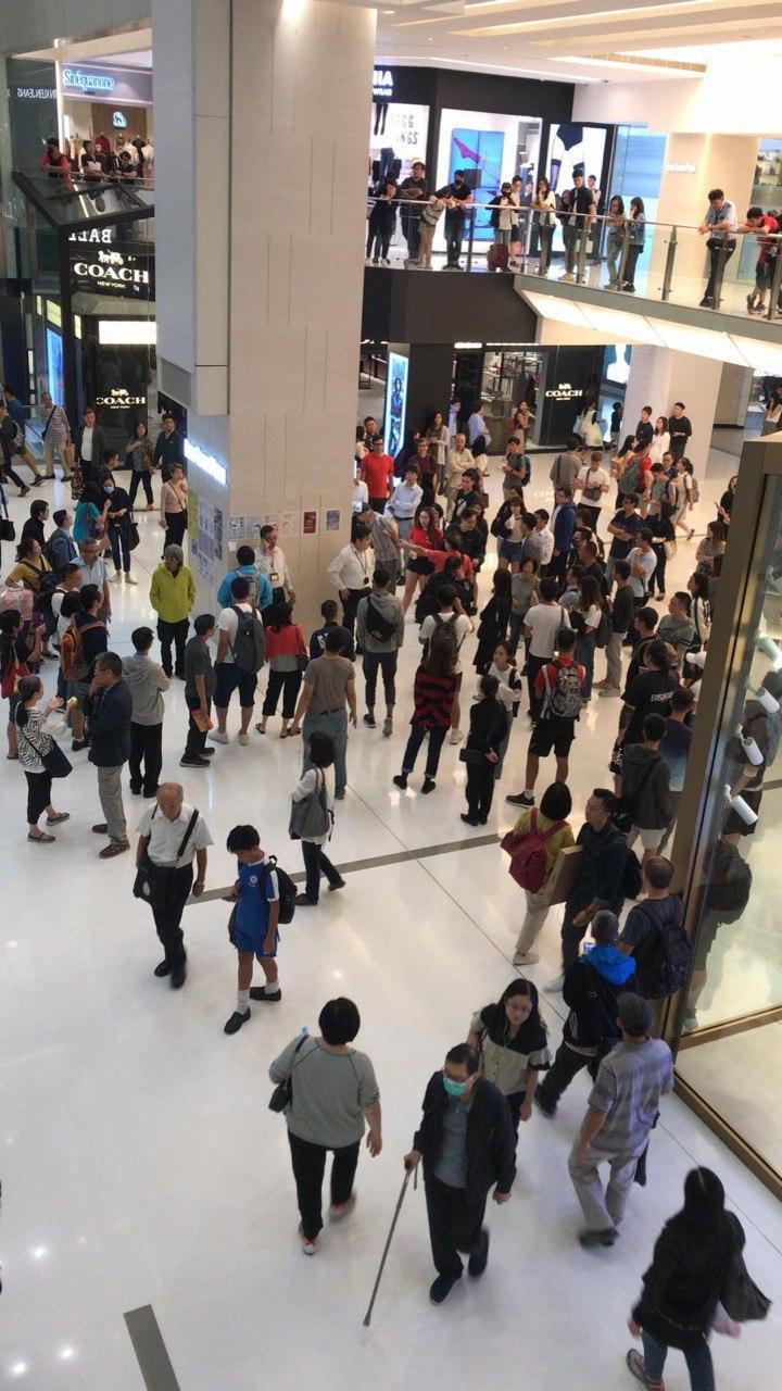 沙田新城市廣場晚上有不同意見市民發生口角。網上圖片
