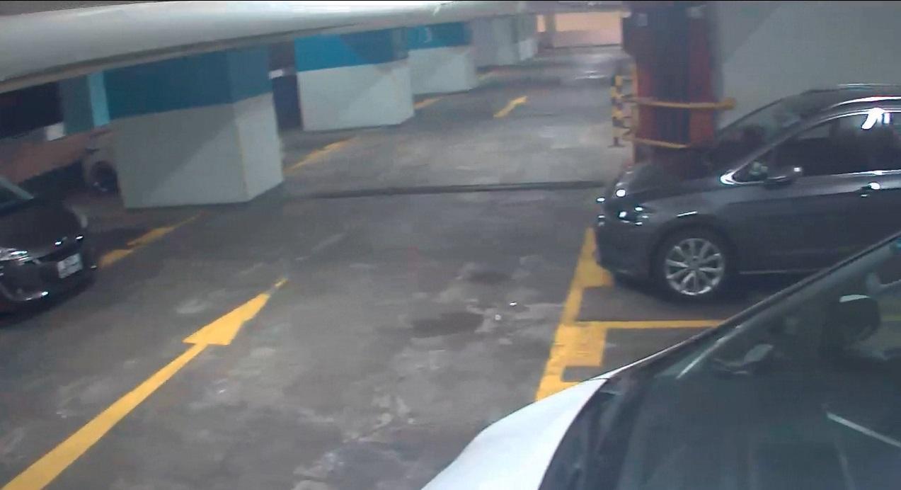 領展發布尚德停車場閉路電視片段。影片截圖