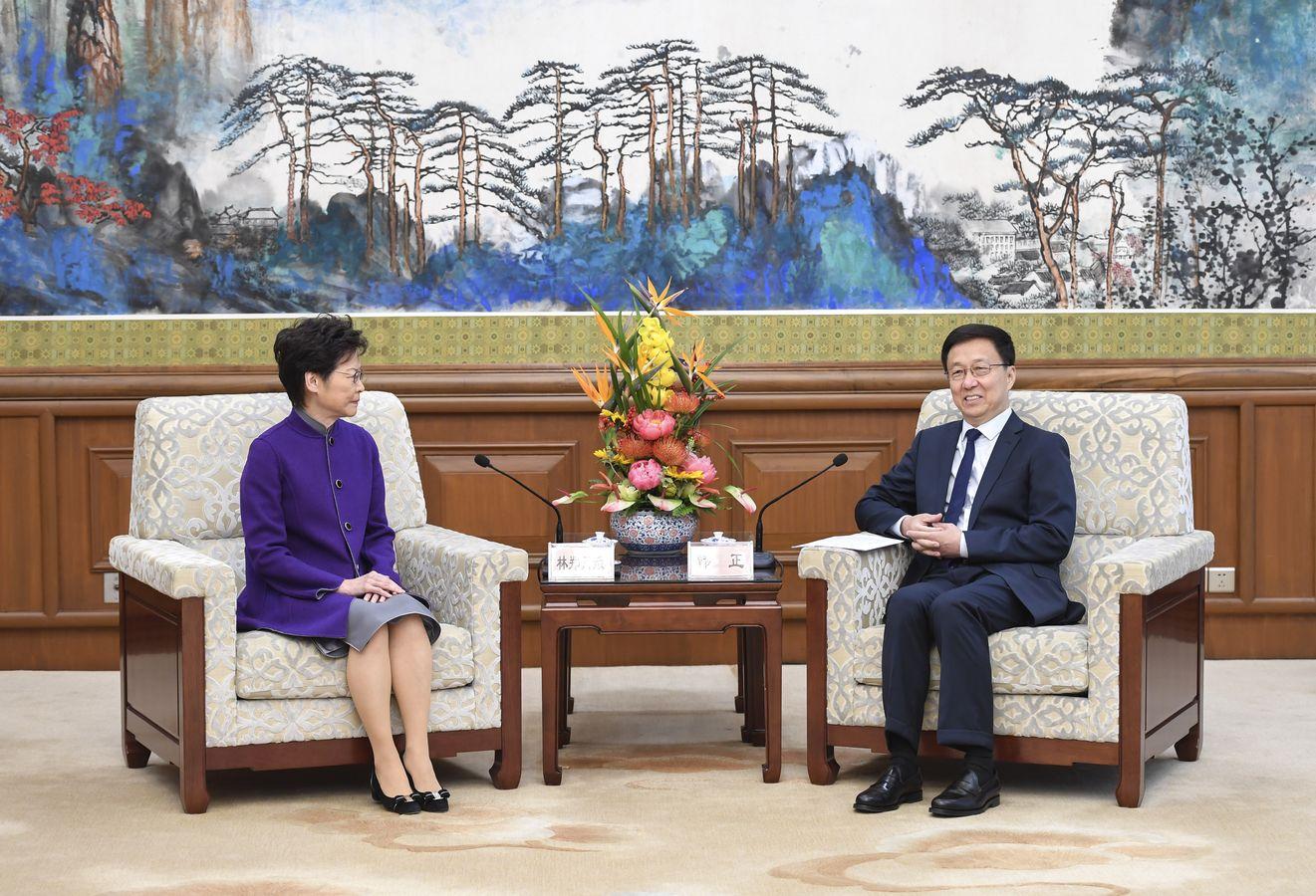 韓正會見林鄭月娥。新華社