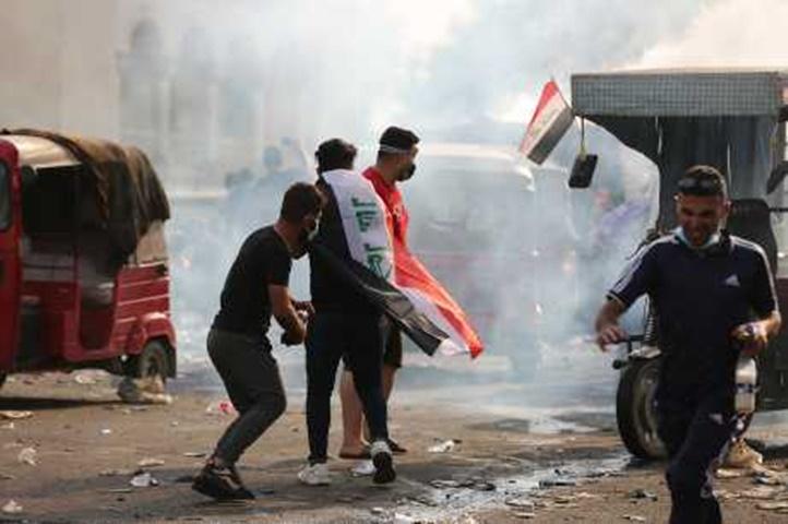 示威抗議引發衝突。新華社照片