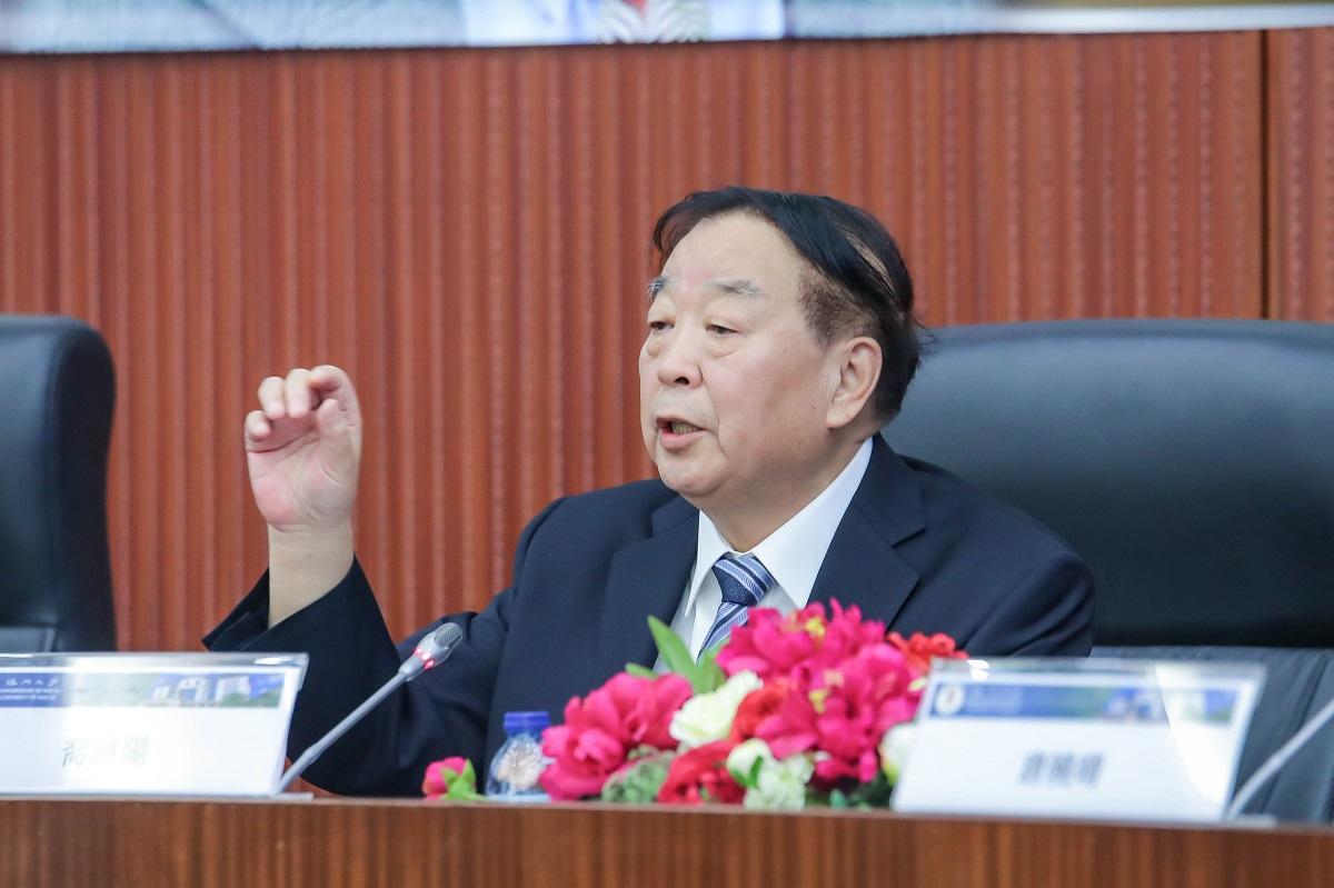 喬曉陽強調,不能以高度自治權對抗中央的管治權。網上圖片