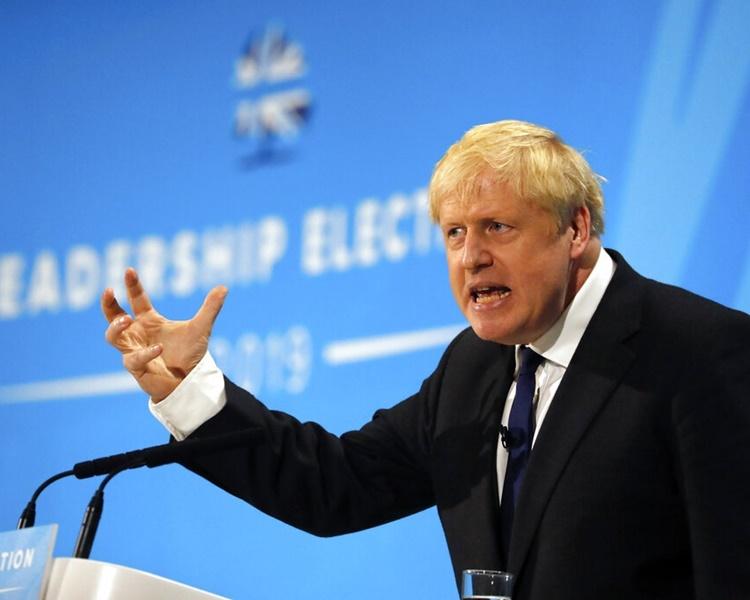 由约翰逊领导的保守党的支持率仍然佔优。