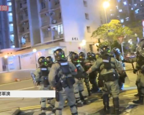 【修例風波】警方射多枚催淚彈橡膠子彈 進廣明苑帶走最少2人