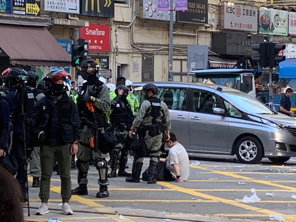 警方拘捕多人。網上圖片