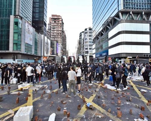 【大三罷】網民號召明早進行「破曉行動」 加強罷工癱瘓交通