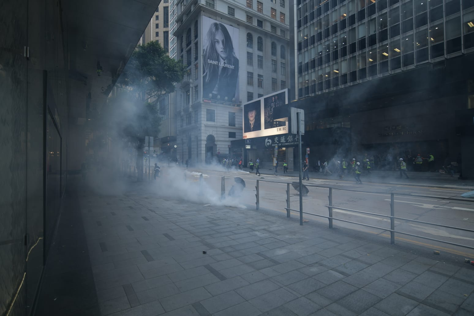 警方驅散示威者