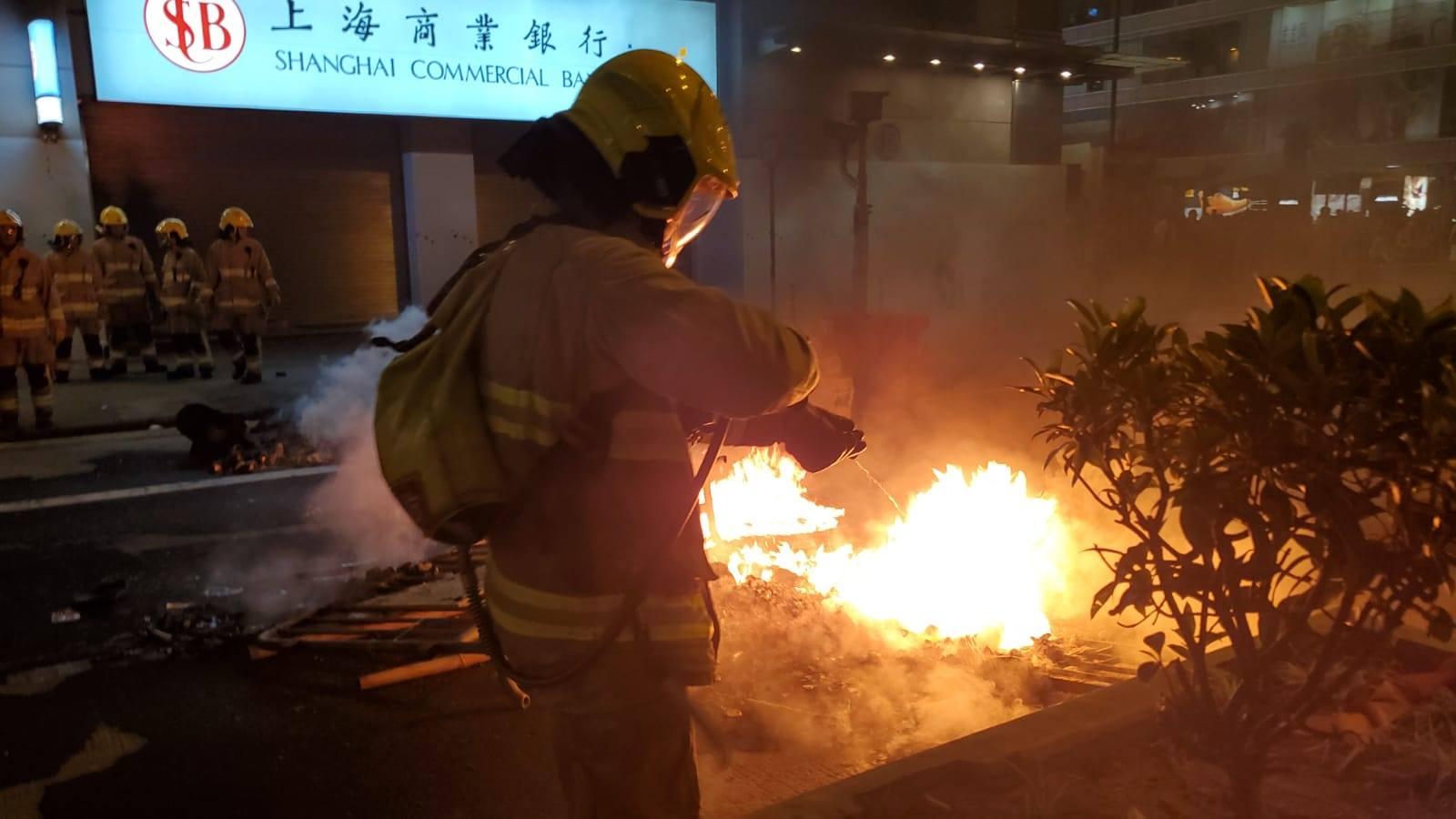 旺角多處被破壞縱火。