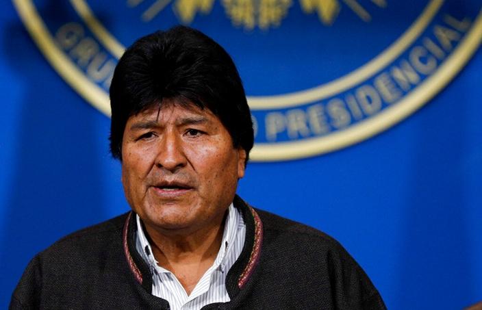 莫拉萊斯接受墨西哥政治庇護。