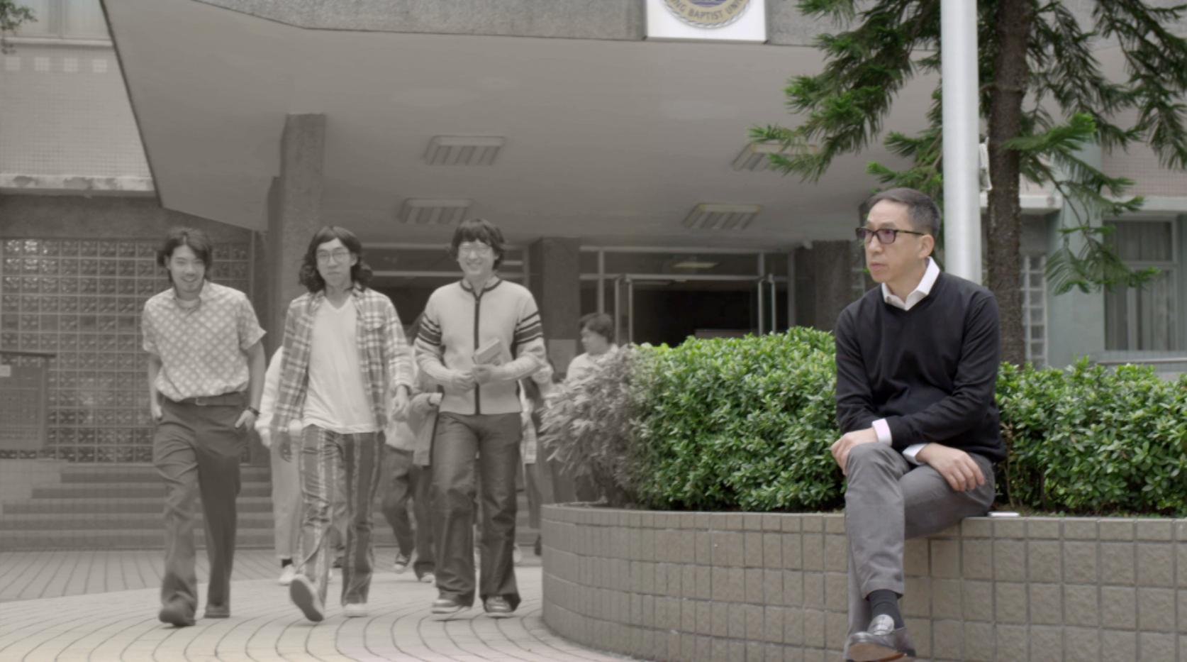 張堅庭曾為慶祝母校創校60周年而製作短片。
