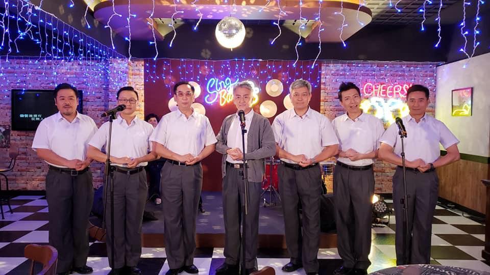 三人都希望劇中這個合唱團,可以有機會齊齊登台演出搵真銀。