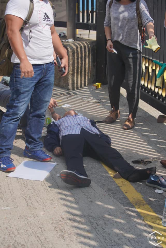 一名男子疑被磚打中頭。Spark • 撻著FB圖