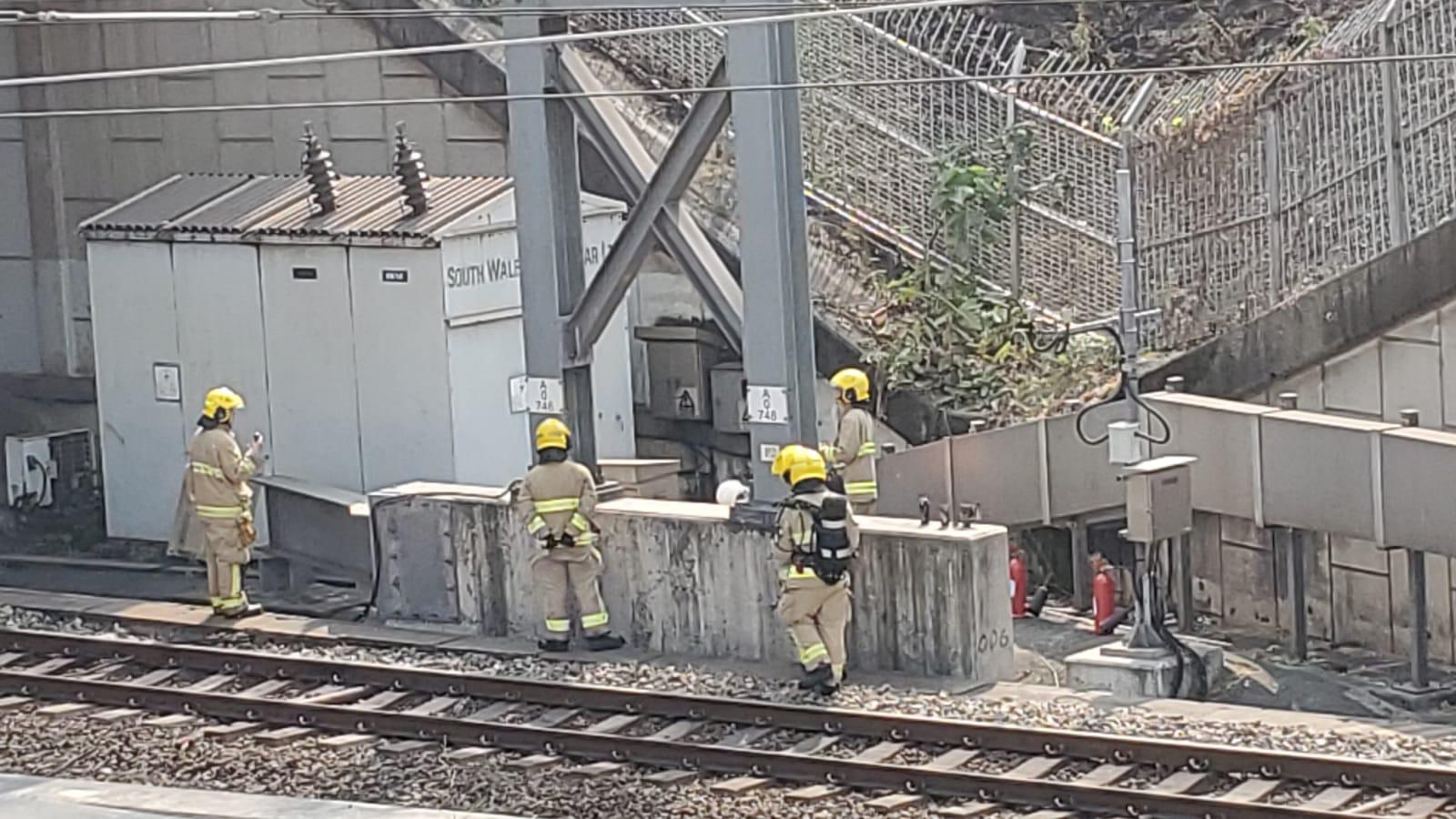 東鐵線近紅磡站火警。