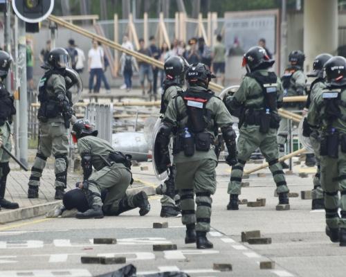 警務處委任懲教員為特務警察 警:相關人員具防暴經驗及裝備