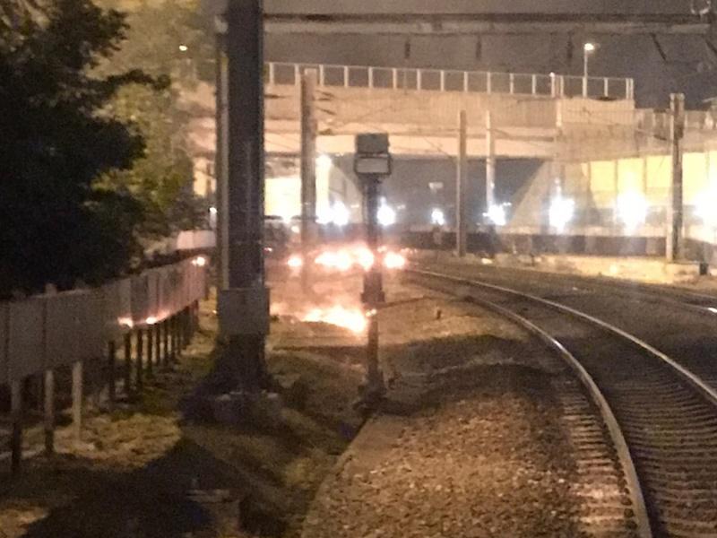 今早有人在紅磡站投擲汽油彈。港鐵圖片