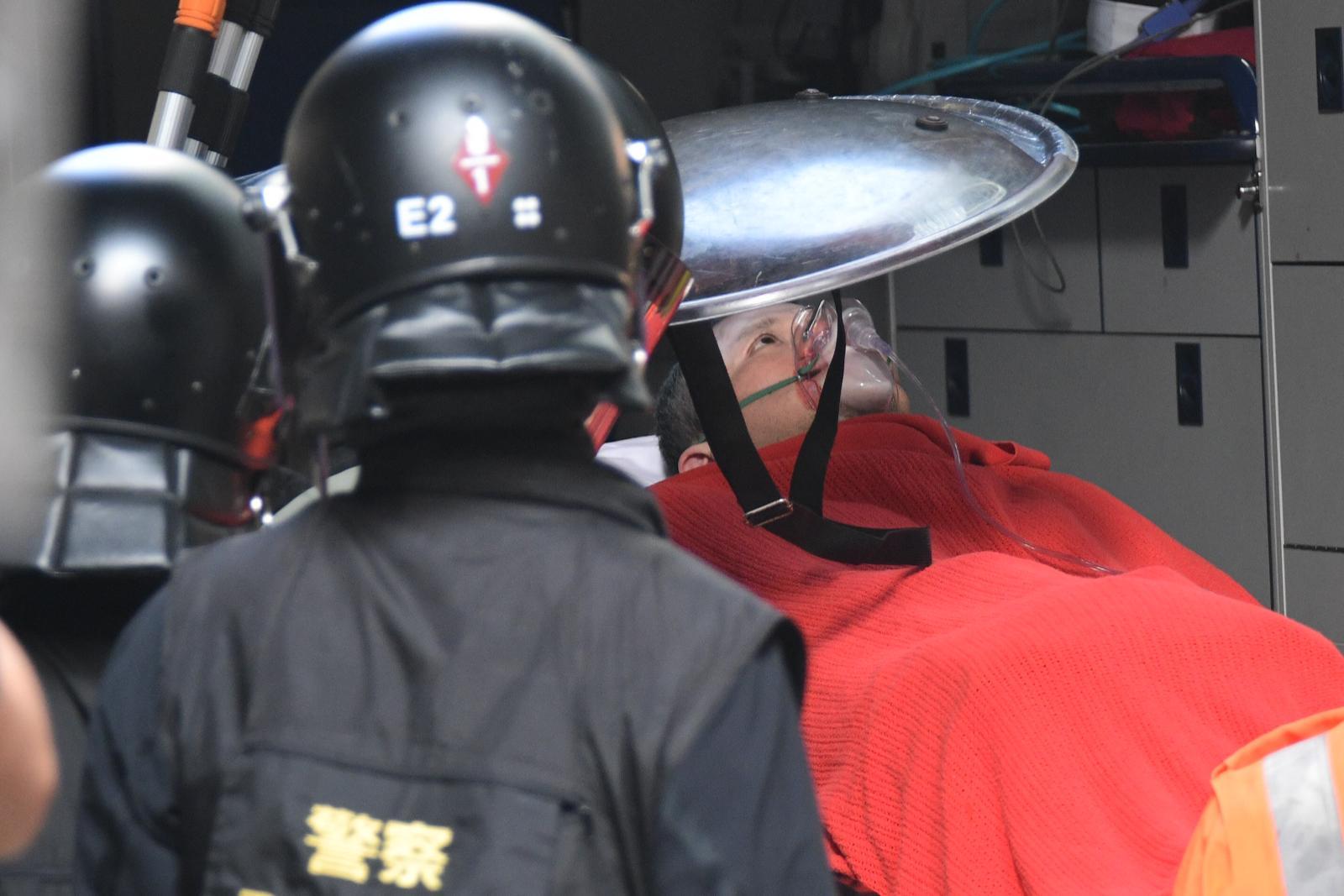 昨日連場示威衝突中至少有56人受傷送公立醫院治理。