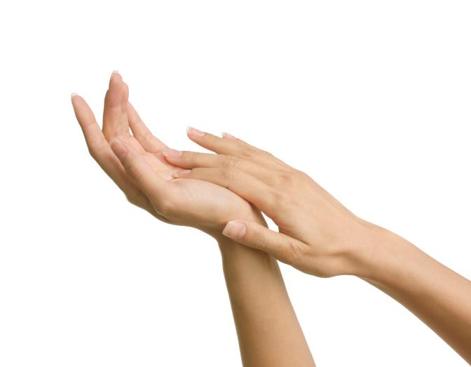 秋冬不少人都會用護手霜,避免雙手乾燥。網上圖片