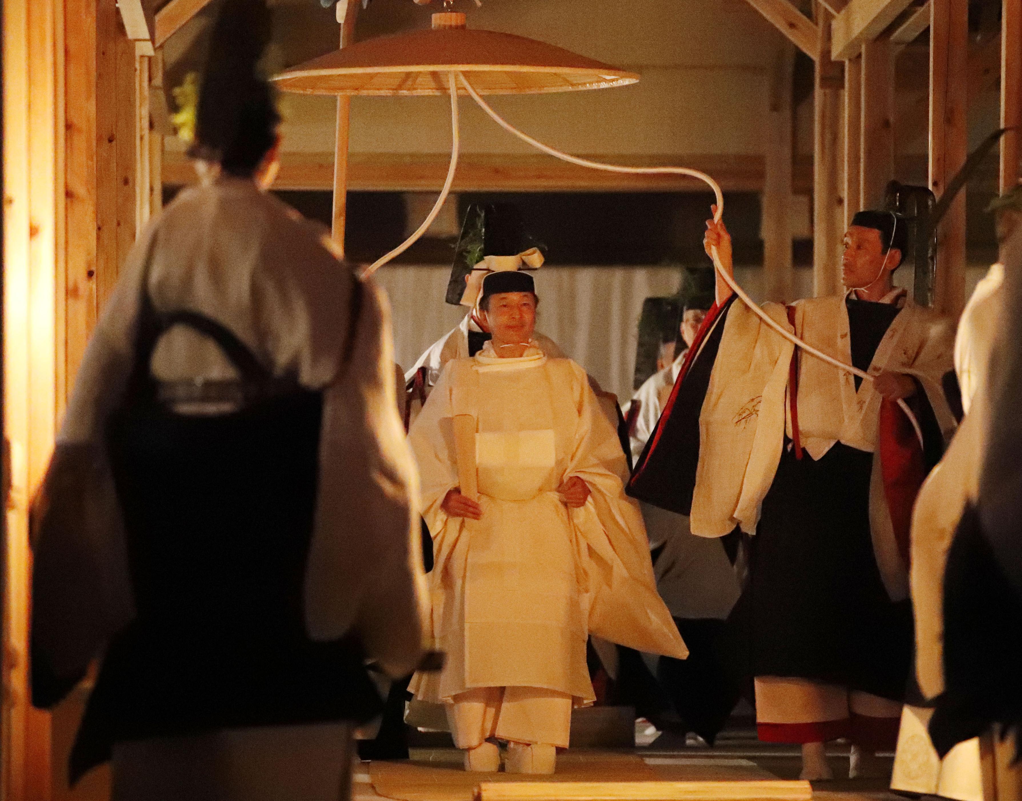 日皇德仁登基儀式之一大嘗祭在皇居東御苑新建的大嘗宮舉行。AP