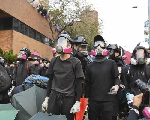 【大三罷】指暴徒無為香港作丁點貢獻 警:為市民爭取過咩?