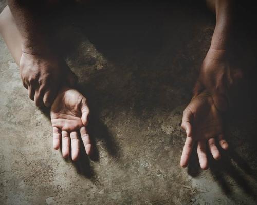 多次強姦未成年女學生  山東五旬校長判囚12年