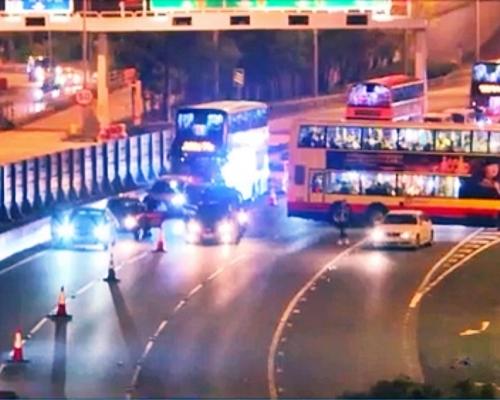 【大三罷】示威者再封吐露港公路 不滿張建宗回應設死線無意義