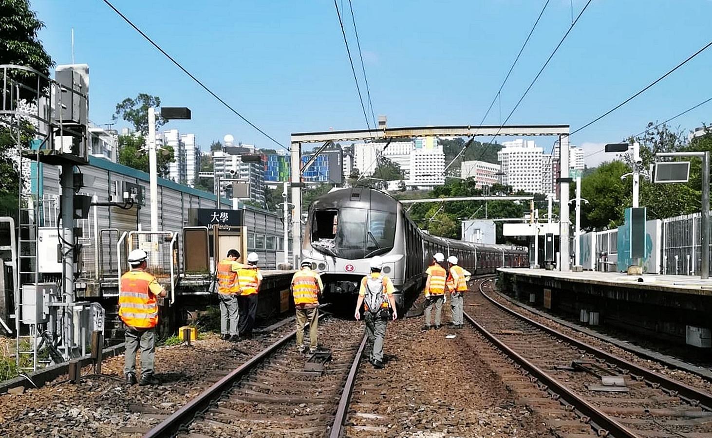 工程人員仔細檢查了火炭站至大埔墟站路段的狀況,確保行車安全後才決定恢復行車。資料圖片