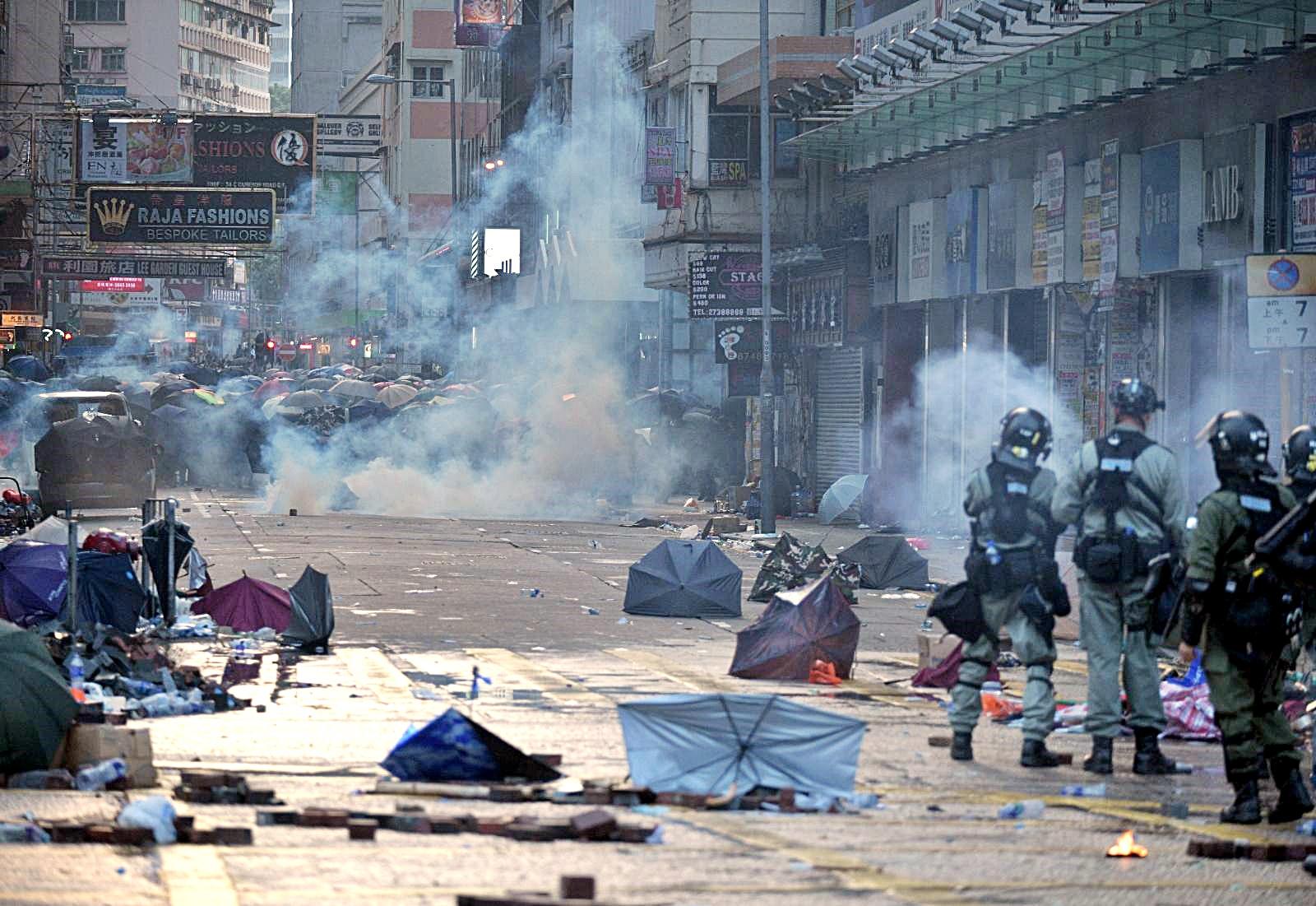 【修例風波】外交部:14億中國人期待香港止暴制亂 維護繁榮穩定
