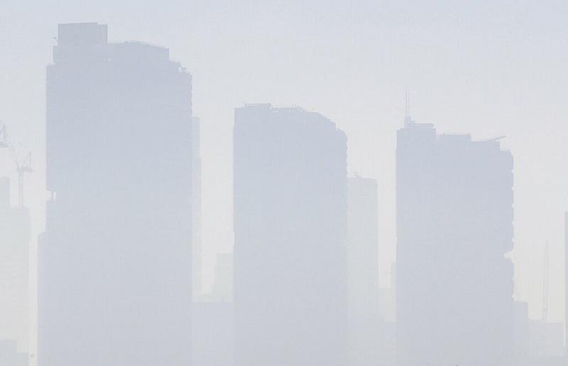 澳洲山火加劇,危險煙霾籠罩雪梨。AP
