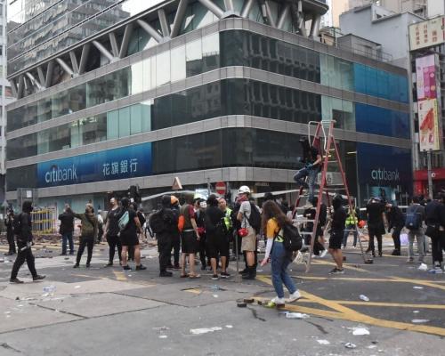 網民號召重啟「黎明行動」 教育局籲停止擾亂上學秩序