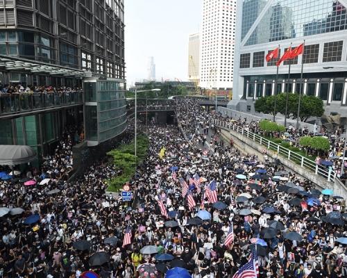 美國參議院通過《香港人權與民主法案》
