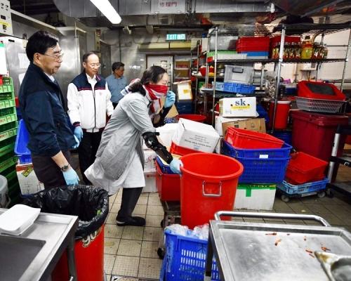 【修例風波】飯堂衛生惡劣 理大兩副校親自出馬洗廚房