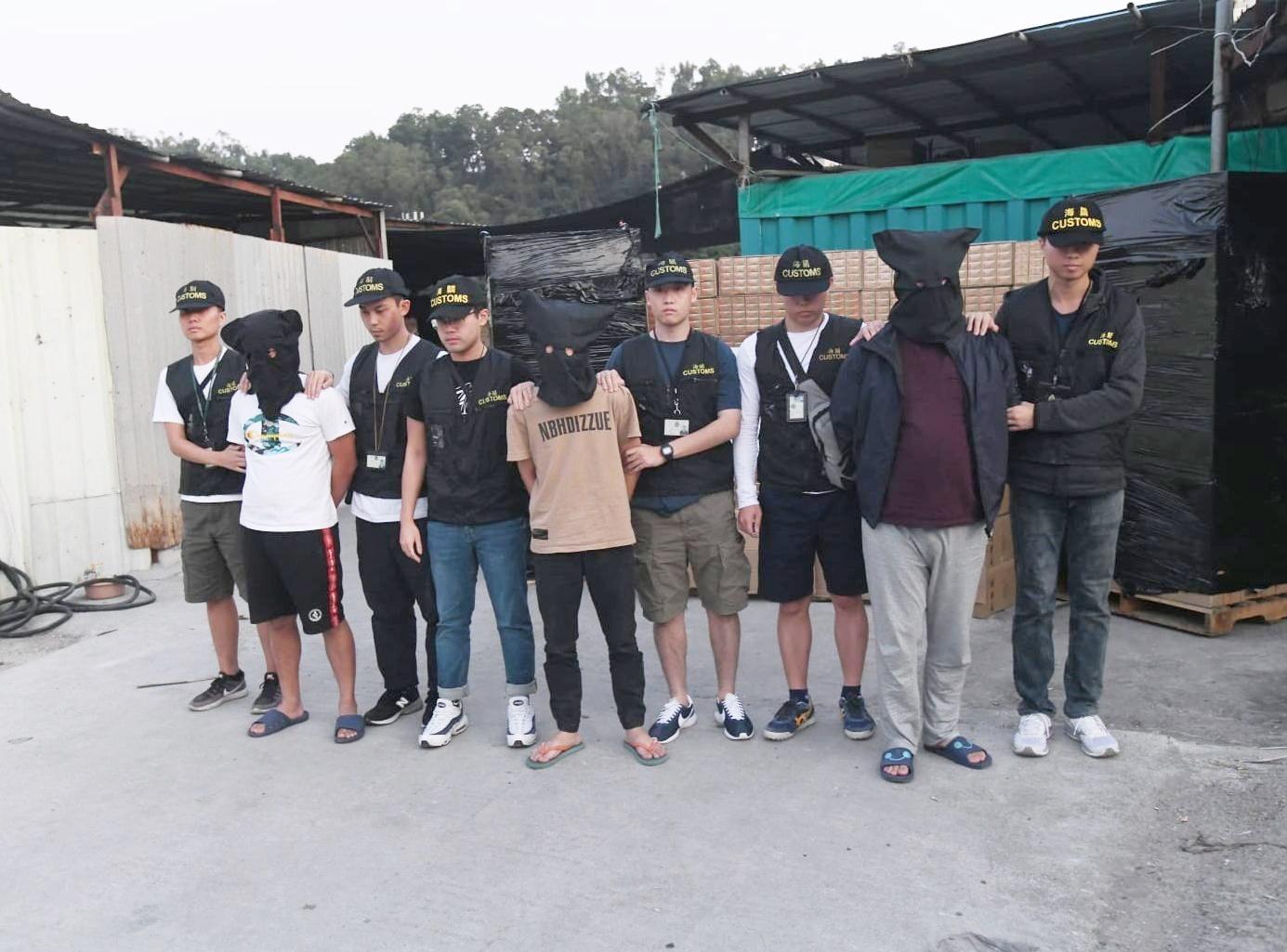 3名中國籍男子被捕。