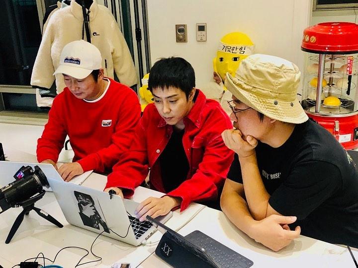 上次跟殷志源和李秀根直播時,3人都已求網民不要訂閱。