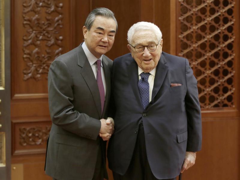 王毅接見美前國務卿基辛格。AP