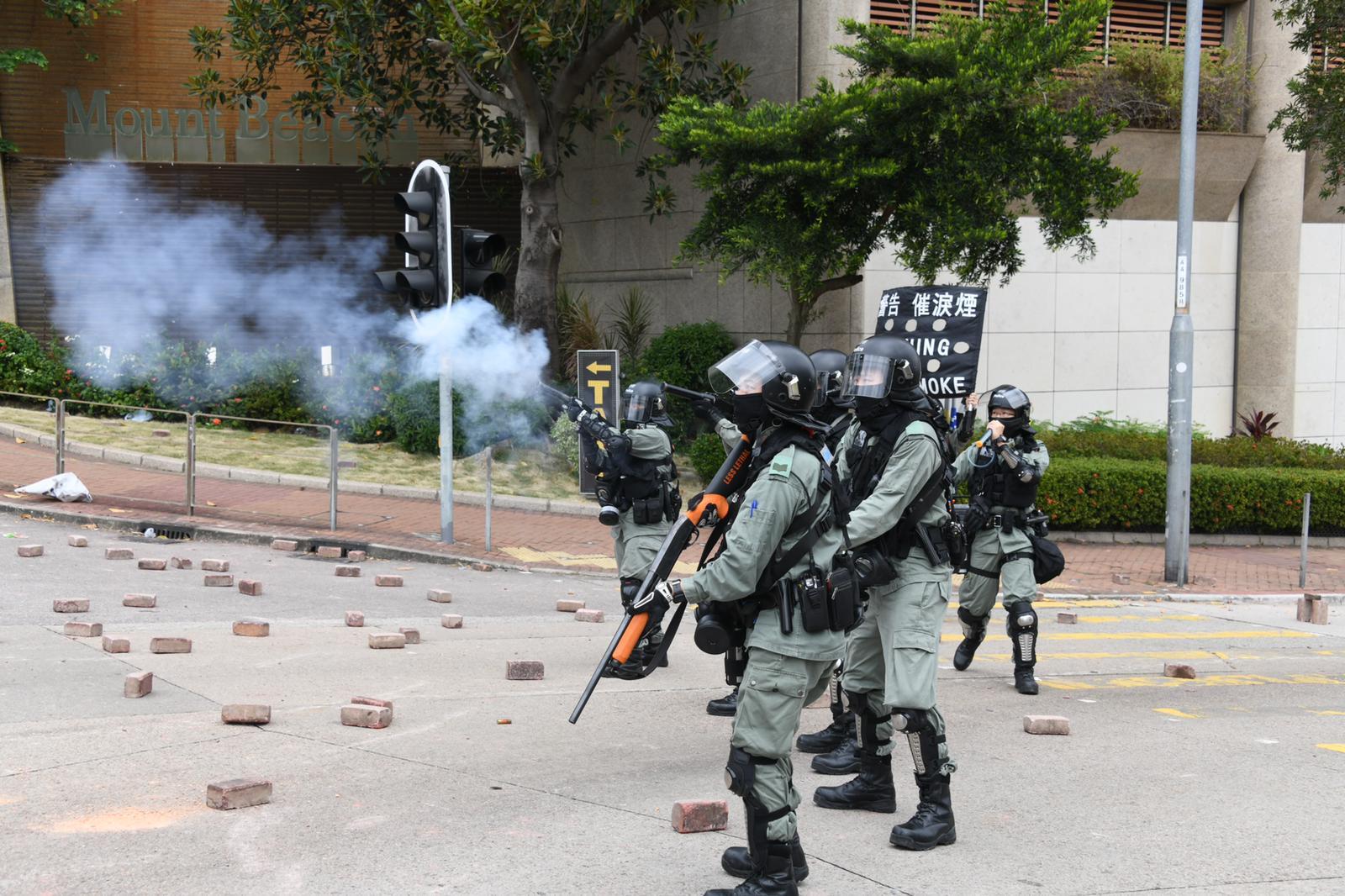 本港爆發激烈衝突。資料圖片