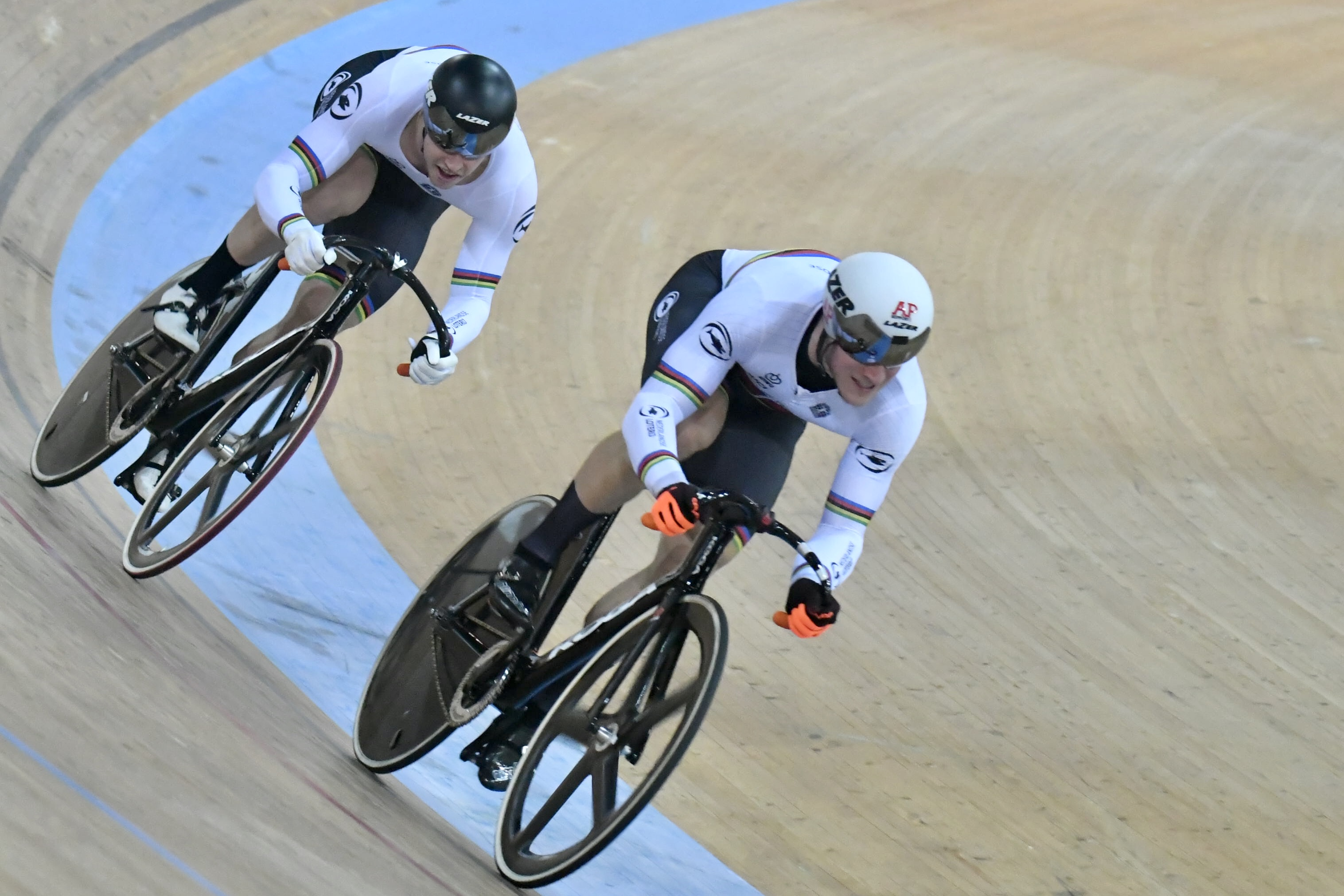 布奇利(左)和拉克雷森亮相香港單車館。梁柏琛攝