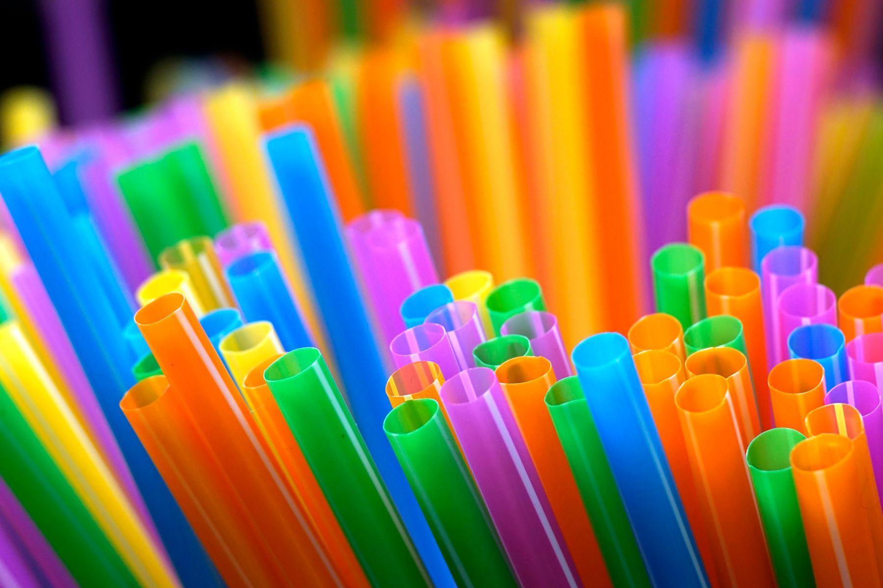 温哥华明年起禁用塑胶吸管。网图