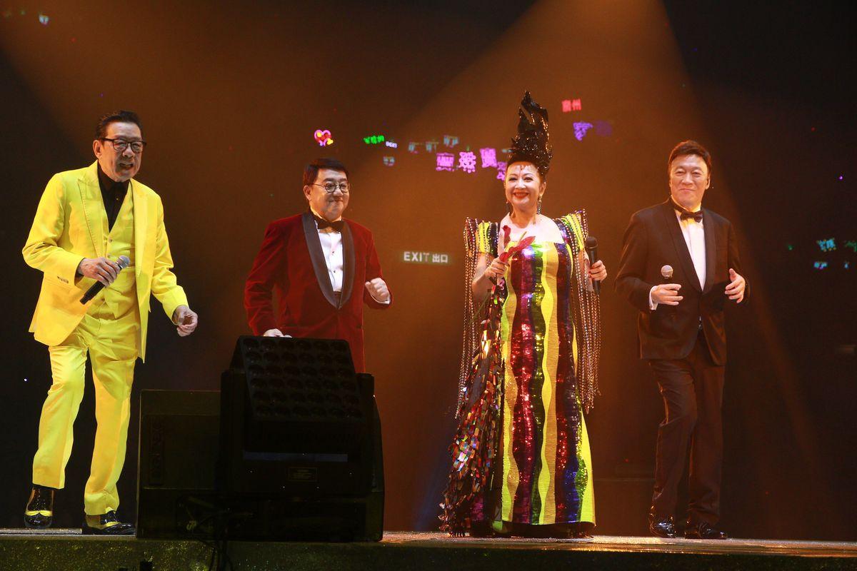 去年黎小田、胡楓和陳欣健任薛家燕演唱會嘉賓。
