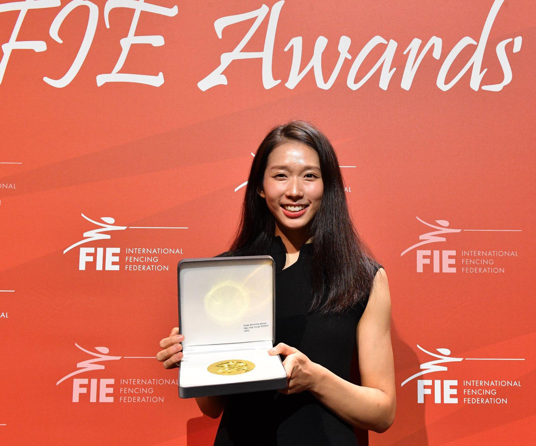 江旻憓奪得一八至一九年賽季女子重劍年終第一。國際劍聯(FIE) facebook圖片