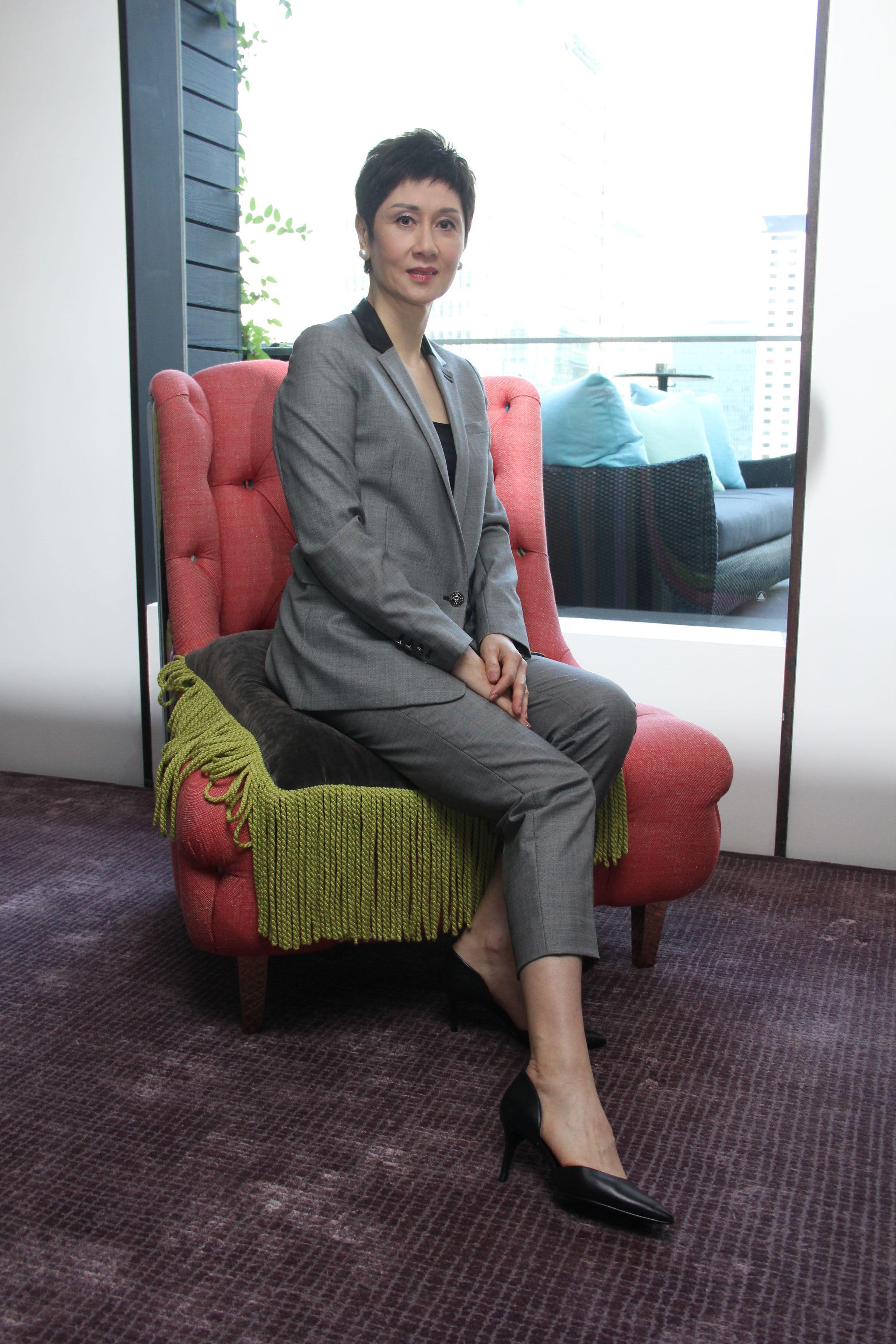 張王幼倫創立「領賢」,目的是推動香港的文化藝術。