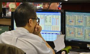 【現市況】恒指挫367點報26077 友邦跌逾1.8%