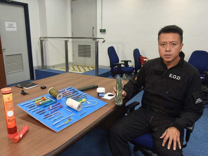 爆炸品處課科炸彈處理主任李展超。