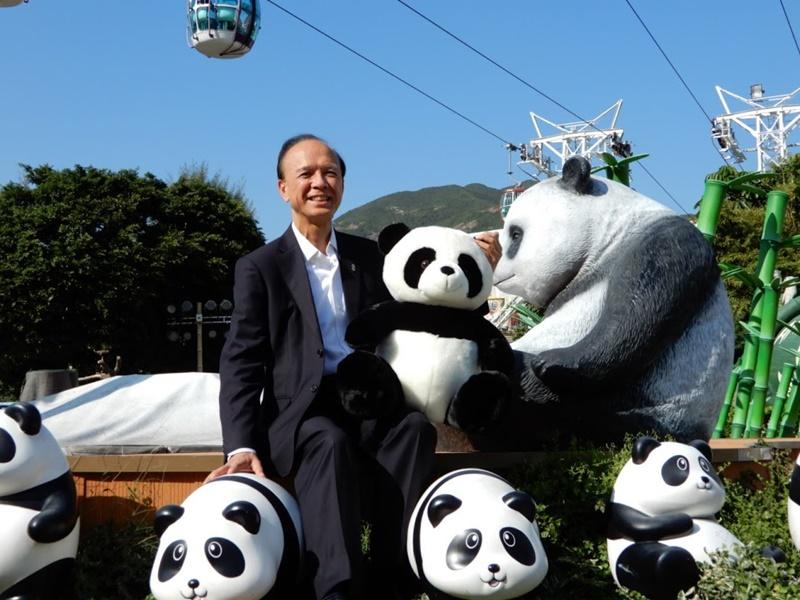 李繩宗遺憾未見大熊貓「傳宗接代」。
