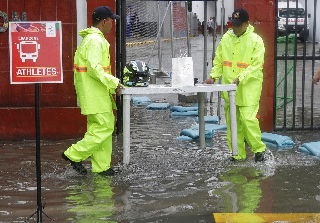 馬尼拉出現水浸。AP圖片