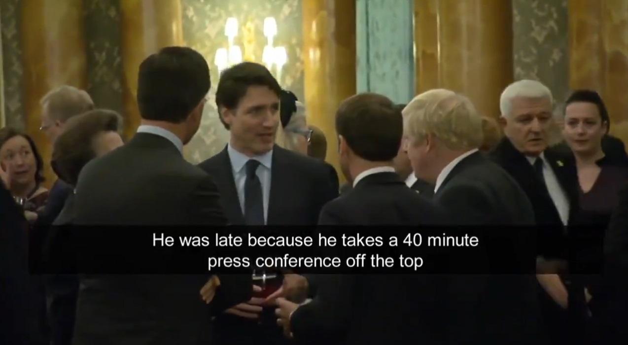杜鲁多的谈话被电视台录下。网上图片