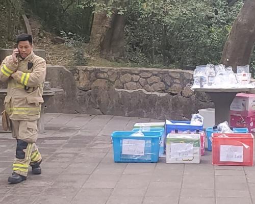 城門水塘山坡檢59樽化學品可製鏹水彈 警:或涉中大實驗室失竊